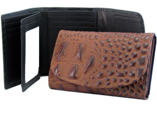 Women's Mid-Size Leather Wallet
